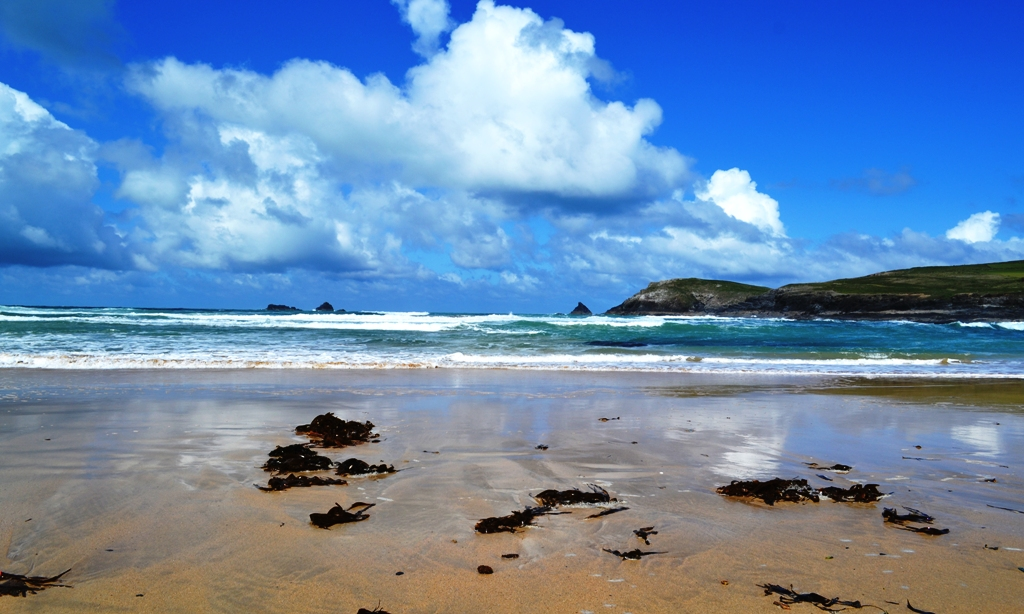 Looking out to Trevose Head from Booby's Bay
