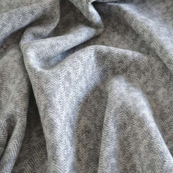 Close up of the Elvan Throw